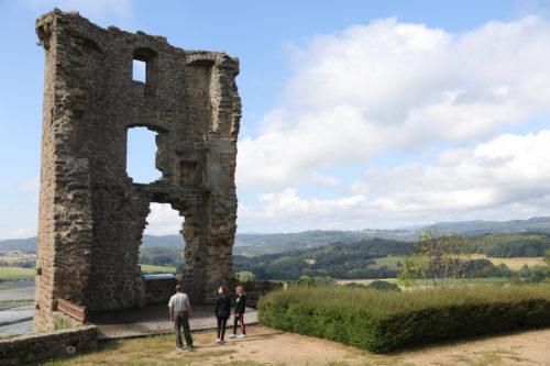 La tour de Chateauneuf de Vernoux, Ardèche tourisme, Privas centre Ardèche