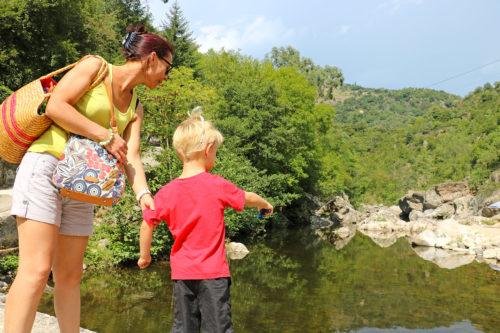 balade-baignade-riviere-ardeche-en-famille-fontugne