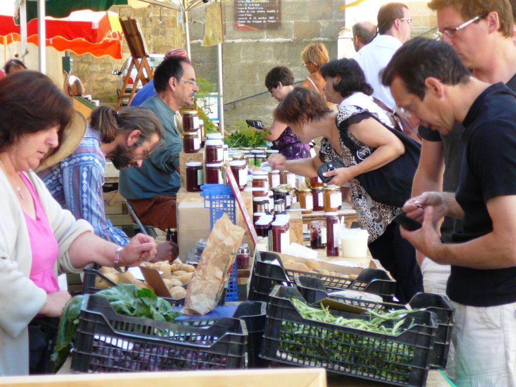 2009.07.26 - Vernoux-en-V (marché terroir) 3 - © Nicolas Garousse