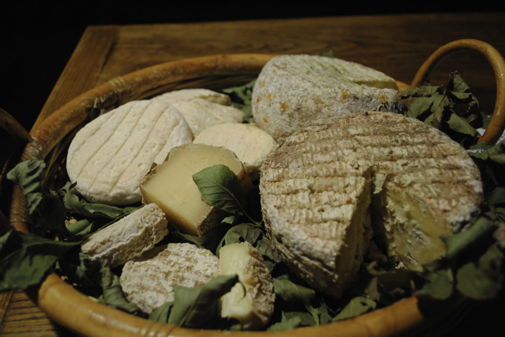 ©L.Clara-ADT07-fromages