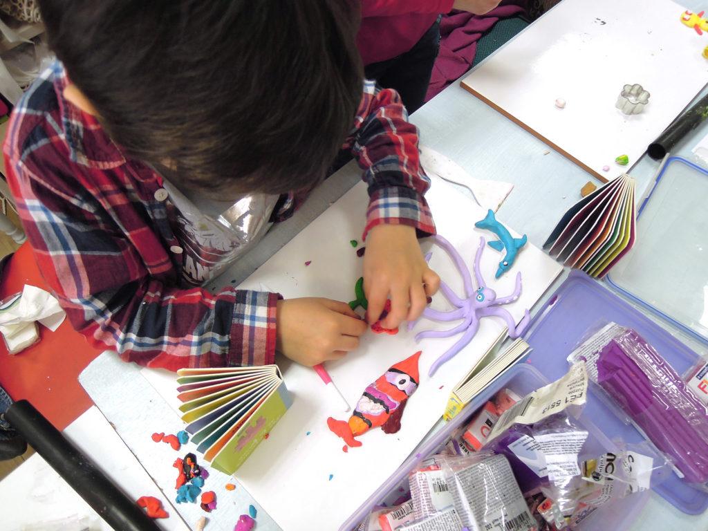 Artists, exhibitions, boutiques, courses