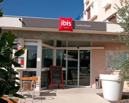 Ibis***