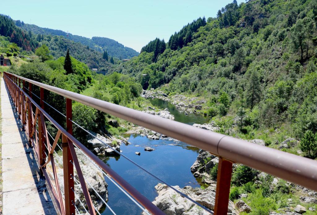 Vacances en Ardèche Buissonnière à vélo