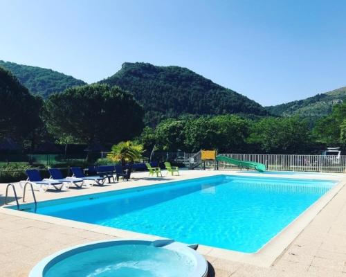 Camping Albanou***