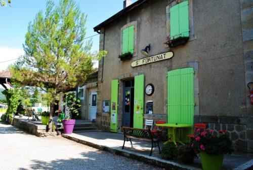 accueil Camping gare des amis, St Fortunat sur Eyrieux, Ardèche Buissonnière