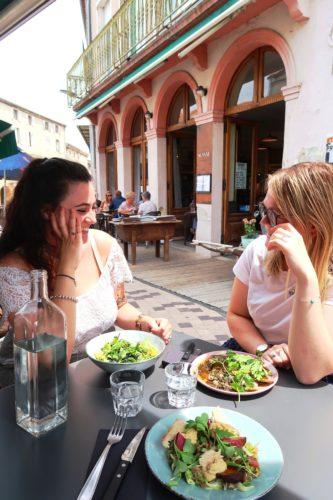 restaurant-vernoux-en-vivarais-ardeche-terrasse