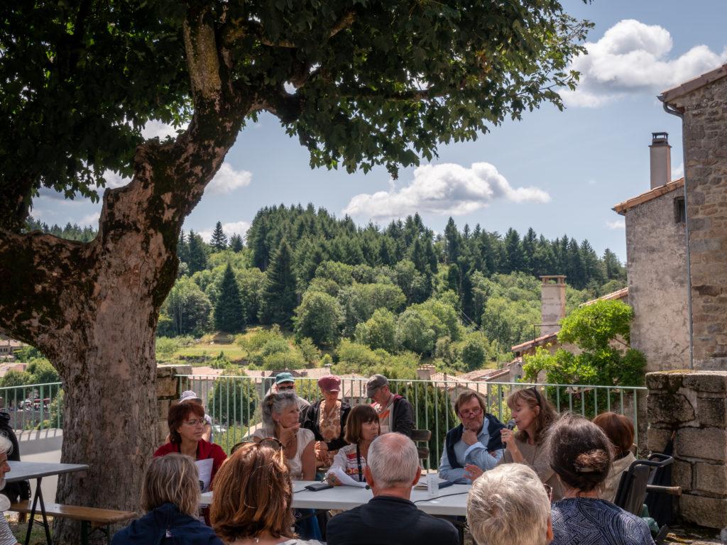 @ Le Caillou aux Hiboux - Village de Chalencon, Ardèche