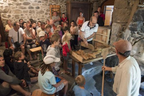Moulin de Mandy - cuisson du pain